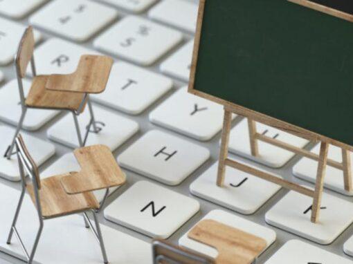 Online tanítás 03.08.-04.07. között